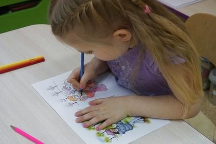 Власти прокомментировали отказ принимать девочку-инвалида в детский сад