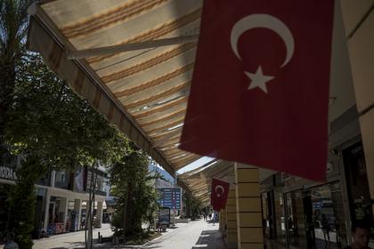 Названы главные причины смерти россиян на курортах Турции