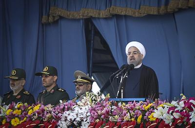 Иран показал ракетный ответ американцам и призвал их держаться подальше