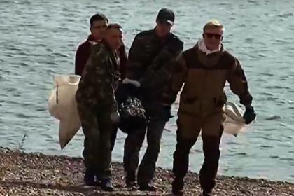 Россияне массово расчистили берега Енисея от мусора