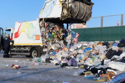 Стал известен масштаб переплат за уборку мусора