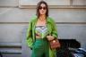 Модный блогер и инфлюэнсер Камилла Коэлью в июне запустила собственный бренд и в Милан, очевидно, прилетела за вдохновением. Интересно, обойдется ли без плагиата увиденного?