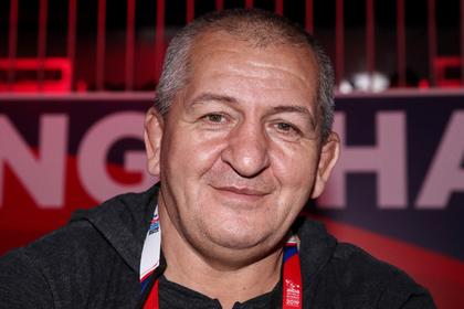 Отец Нурмагомедова стал рекордсменом России