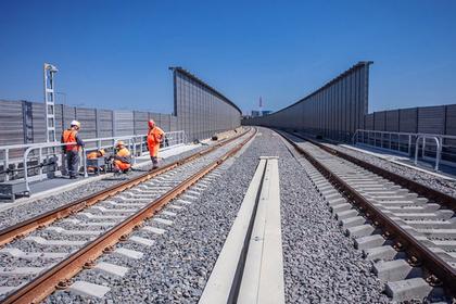 На Крымском мосту в тестовом режиме запустили поезд
