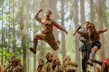 Комедия про Гитлера от создателя «Тора: Рагнарек» не выйдет в России