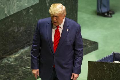 Трамп не обсуждал с Зеленским тему военной помощи Украине
