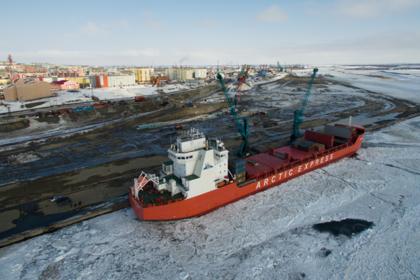 Грузоперевозки в Арктику выросли втрое