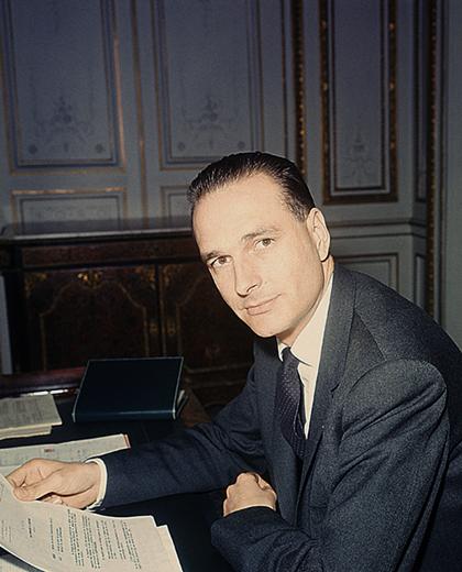 Жак Ширак на посту муниципального депутата в 1967 году
