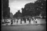 Площадь перед оперным театром и памятник польскому королю Яну Собескому (после Второй мировой войны перевезен в Гданьск). Львов (немецкое название — Лемберг), Западная Украина, 1941-1942 годы.