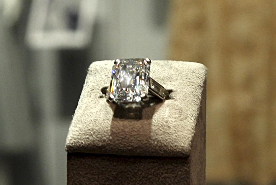 Обручальное кольцо Грейс Келли