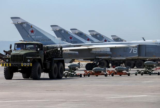 Российские самолеты на авиабазе «Хмеймим»