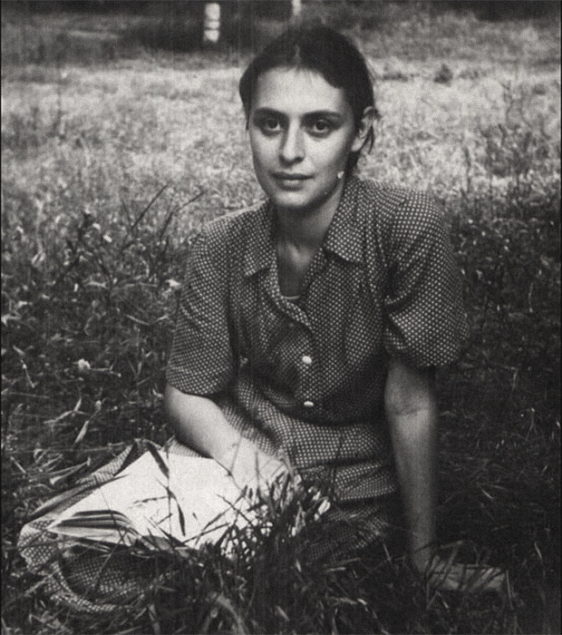 Арестована 18 января 1951 года. 13 февраля 1952 года приговорена к 25 годам заключения по обвинению в измене родине. Отбывала наказание в лагерях Коми АССР и Мордовской АССР. В апреле 1956 года вышла на свободу после пересмотра уголовного дела и снижения срока наказания до 5 лет