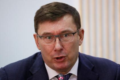 Покинувший Украину кум Порошенко решил дать показания против Трампа
