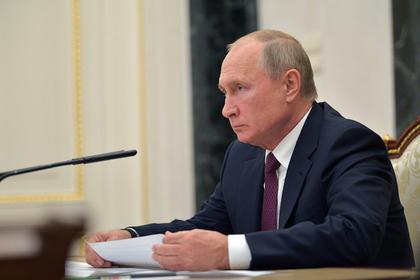 Доплаты докторам  недолжны понижаться  при увеличении доли оклада— Владимир Путин