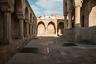 Старый город в Баку, внесенный в список Всемирного наследия ЮНЕСКО, когда-то был средневековой столицей государства Ширваншахов. В дворцовом комплексе Ширваншахов XV века есть дворец, мечеть, усыпальницы и мавзолей. Это одна из главных достопримечательностей Баку. <br></br> Диван-хане — часть дворцового ансамбля правителей государства Ширваншахов— расположен в небольшом замкнутом дворике у шахского дворца.  <br></br> Существует несколько версий о назначении Диван-хане. По одной из версий, он возводился как приемный зал дворца, летняя веранда, по другой— как мемориальный комплекс. Строительство Диван-хане в конце XV века не было завершено, так как помешали военные события того времени.