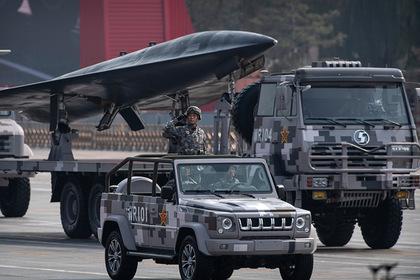 Китай показал миру свои секретные ядерные ракеты. Это оружие держит в страхе США