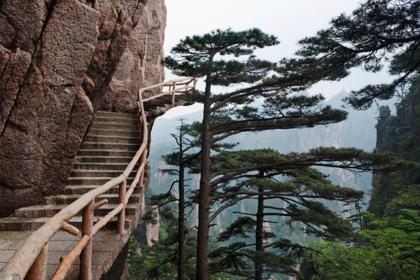Эта китайская провинция ждала русских туристов долгие годы. Стоит ли туда ехать?