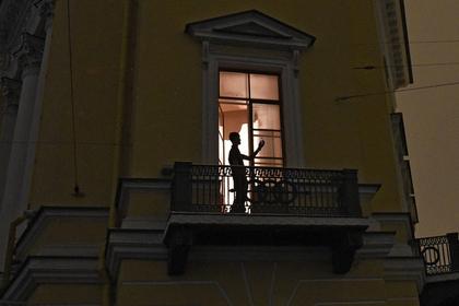 Пойман первый нарушитель «закона о курении на балконах»
