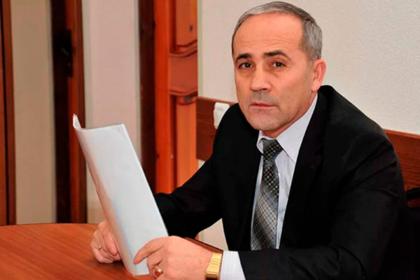 Бывший российский министр расстрелял чужих лошадей на своем поле