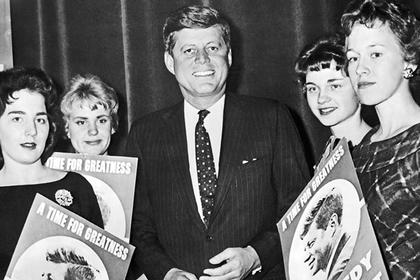 Лифт на яхте и ванна для Мэрилин Монро: как жил президент США Джон Кеннеди