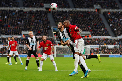 «Манчестер Юнайтед» проиграл аутсайдеру АПЛ и опустился на 12-е место