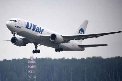 Российский самолет экстренно сел из-за умершего пассажира