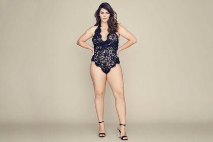 Victoria's Secret впервые одел в свое белье крупную модель