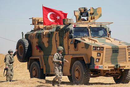 Турция перебросила первых военных через границу с Сирией