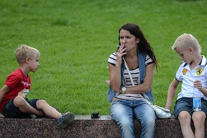 Родителей курящих школьников захотели штрафовать