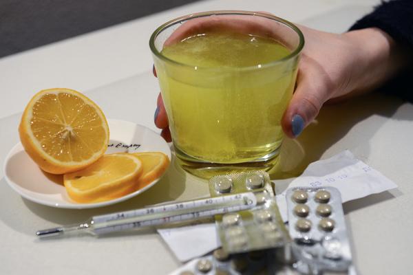 Любимые методы профилактики простуды признали бесполезными для россиян