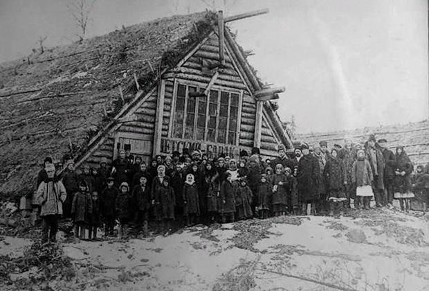 Барак для детей спецпоселенцев в Архангельской области