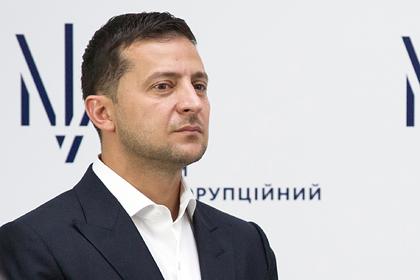 Зеленский нашел виновных в оттоке украинцев на заработки в Россию