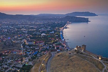 Зеленский признал отсталость украинского Крыма