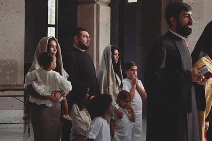 Ким Кардашьян опубликовала фото своего крещения