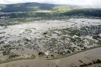 Панамское судно затонуло из-за тайфуна в Японии