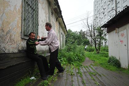 Россияне стали реже умирать от алкоголя