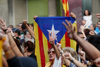 «Барселона» вступилась за организаторов референдума в Каталонии