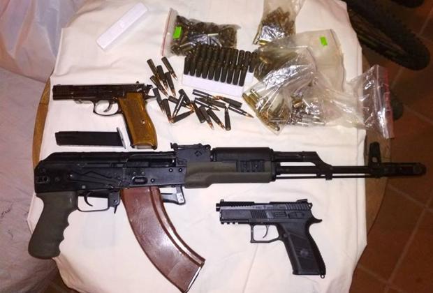 Оружие, найденное в ходе обысков у криминальных авторитетов в Киеве