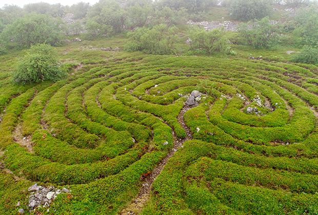 Рукотворные лабиринты на Заяцком острове