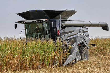 Боец по прозвищу «Трактор» собирал урожай, лишился пальца и продолжил работать