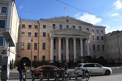 Россиянку захотели лишить опеки над внуком за сдачу его квартиры в аренду