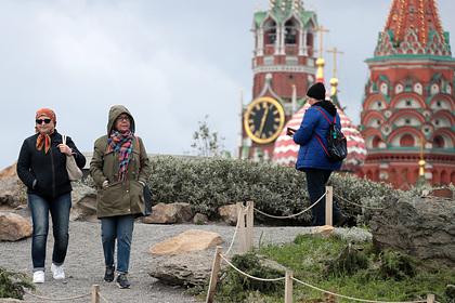 Россиян предупредили о резких скачках атмосферного давления