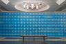 Еще один представитель украинского метро — станция «Академика Барабашова» в Харькове. В апреле 2008-го на расположенном поблизости рынке произошел крупный пожар, из-за этого пришлось менять график движения поездов. Всех, кто находился в зоне возгорания — десятки тысяч человек, — эвакуировали через метро.
