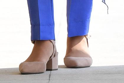 Кейт Миддлтон вышла на публику в дешевых туфлях
