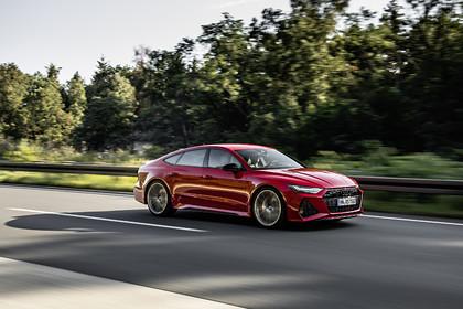 Audi представил спортивные новинки на автосалоне во Франкфурте