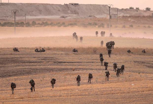 Протурецкие боевики идут на Манбидж