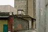 Петербургский «Бермудский треугольник» проезжают, когда едут из спальных районов в центр. Васильева называет его пограничной зоной — в старину район Обводного канала был окраиной города и пользовался дурной славой гиблого места. К концу XX — началу XXI века здесь перестали функционировать и в каком-то смысле исчезли многие заводы, дома культуры и даже Варшавский вокзал.<br><br>«Красный треугольник» — одно из старейших российских промышленных предприятий, в свое время производило резину. Его корпуса расположены на набережной Обводного канала.
