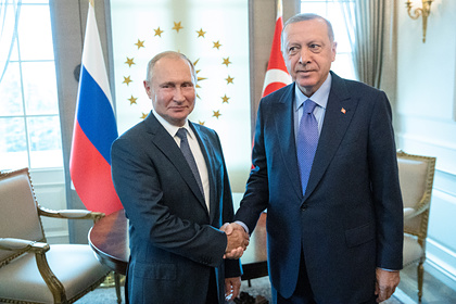 Путин обсудил с Эрдоганом военную операцию Турции в Сирии