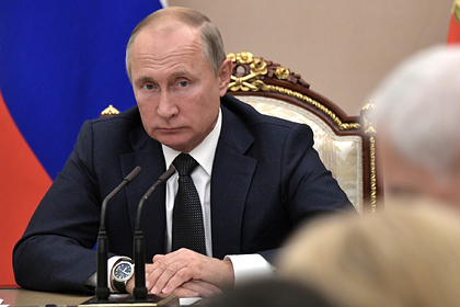 Путин потребовал дать тепло россиянам в затопленных регионах