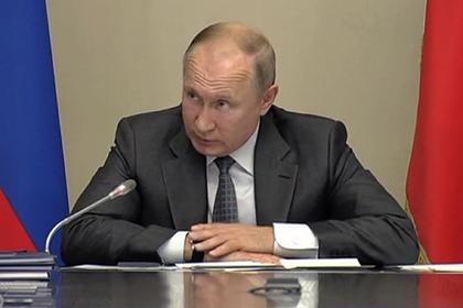 Путин дважды перебил Мутко и спросил с иркутского губернатора